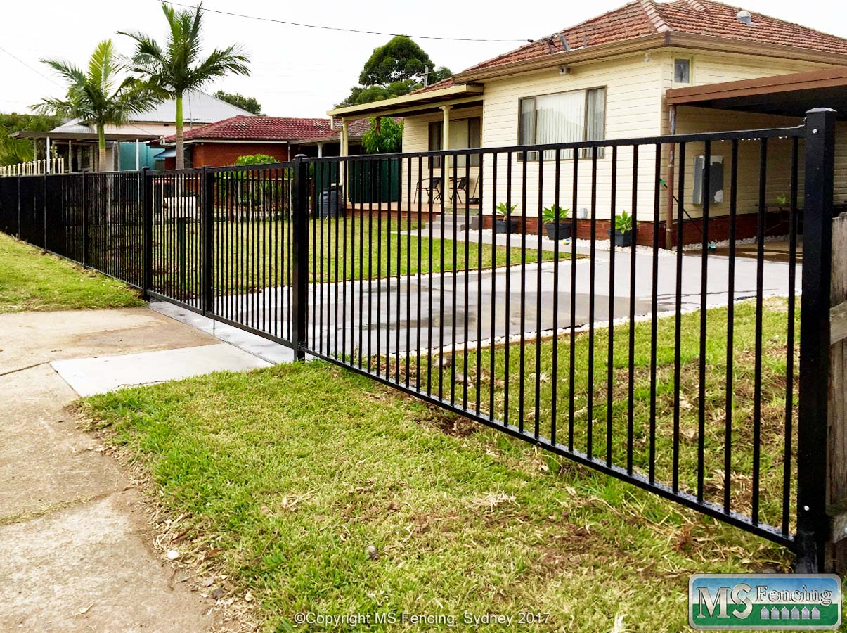 Front Yard Fencing | MS FENCING - The Fencing People