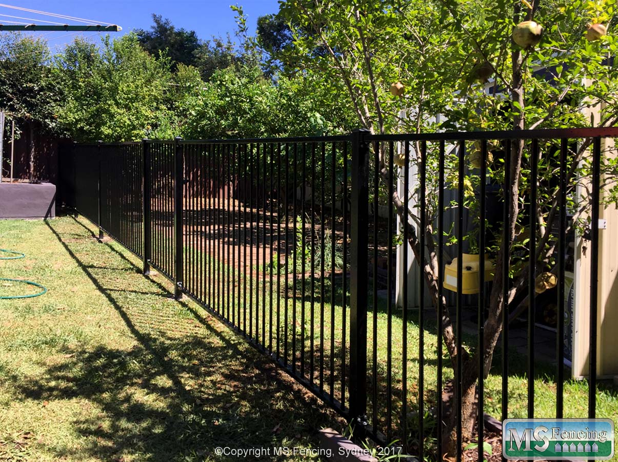 Front Yard 2 MS FENCING 2A & Front Yard Fencing | MS FENCING - The Fencing People